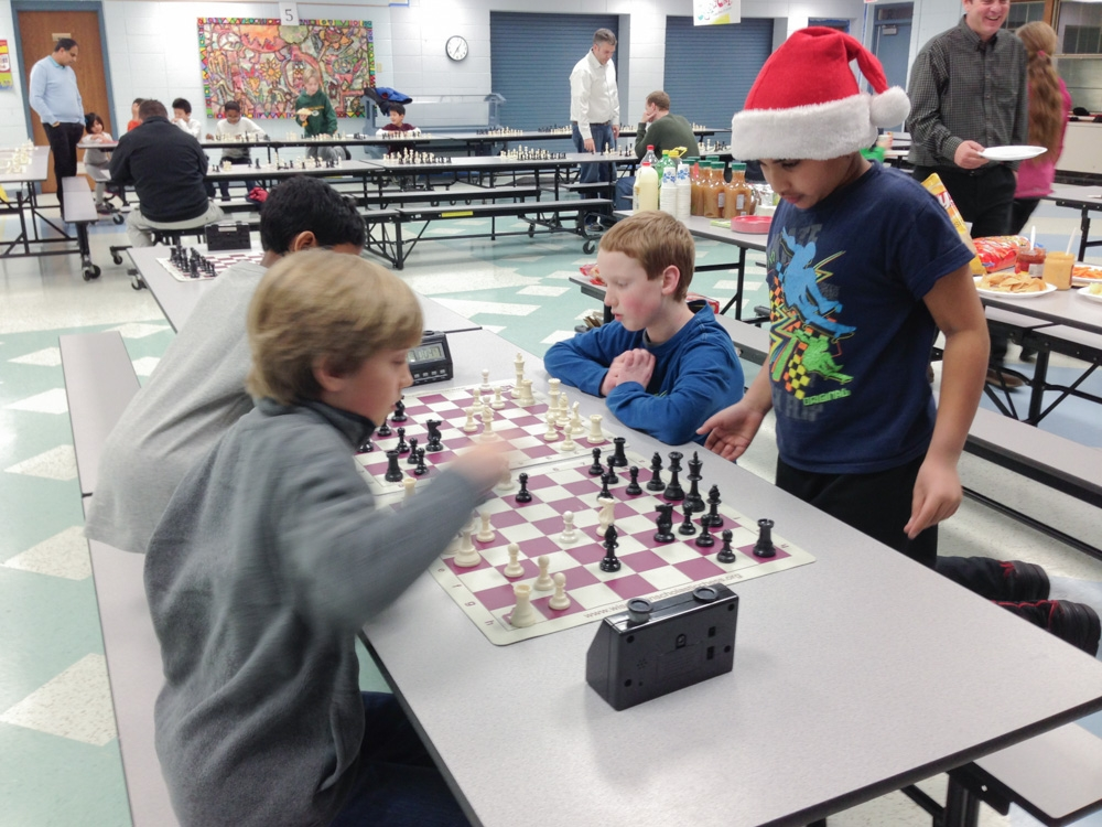 2013-chess-club-holiday-party-001