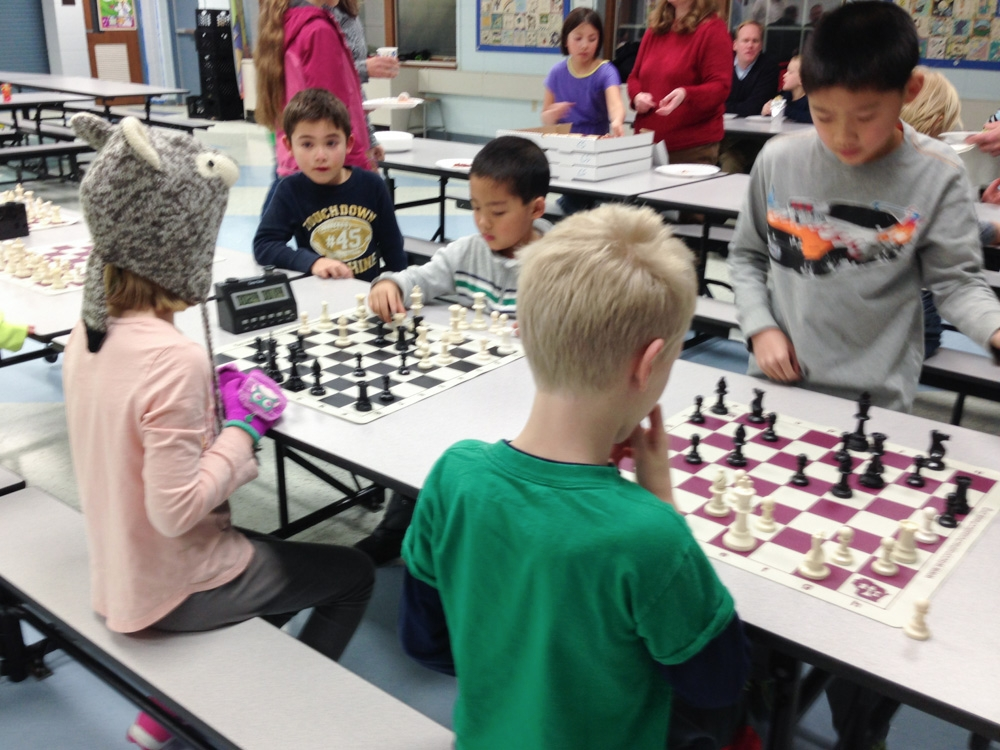 2013-chess-club-holiday-party-002