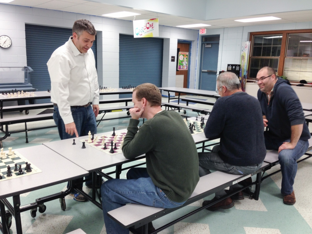 2013-chess-club-holiday-party-003