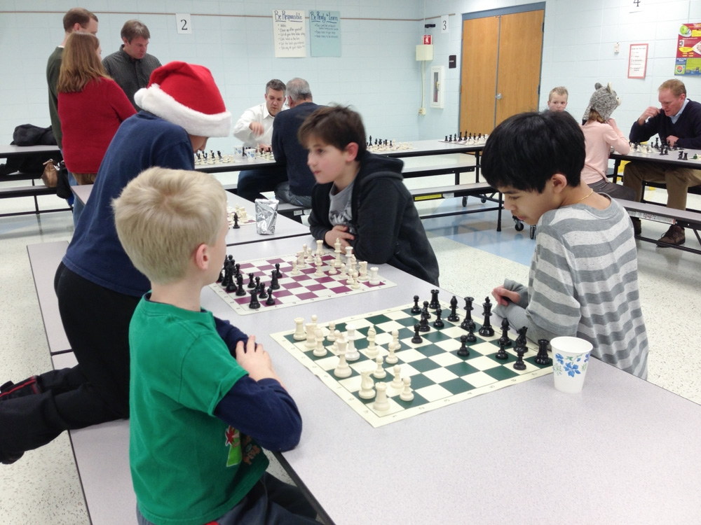 2013-chess-club-holiday-party-008